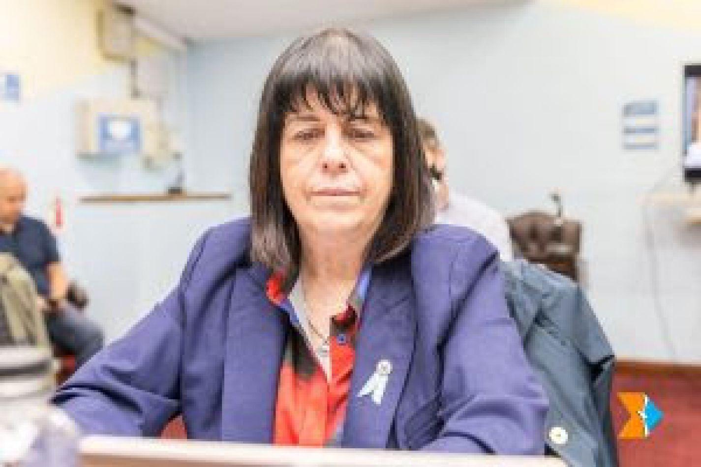 La legisladora Liliana Martínez Allende (UCR)