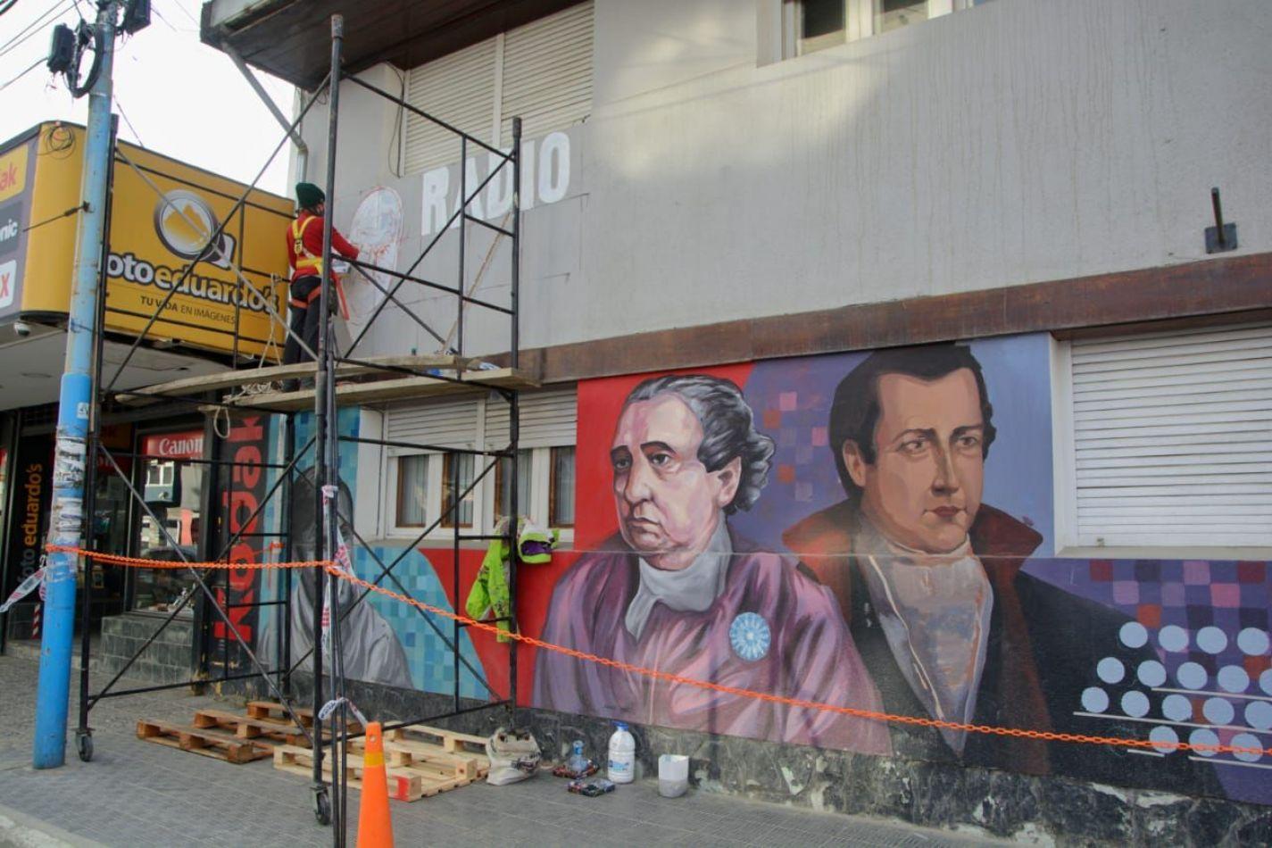 Retomaron los trabajos en el mural de Radio Nacional