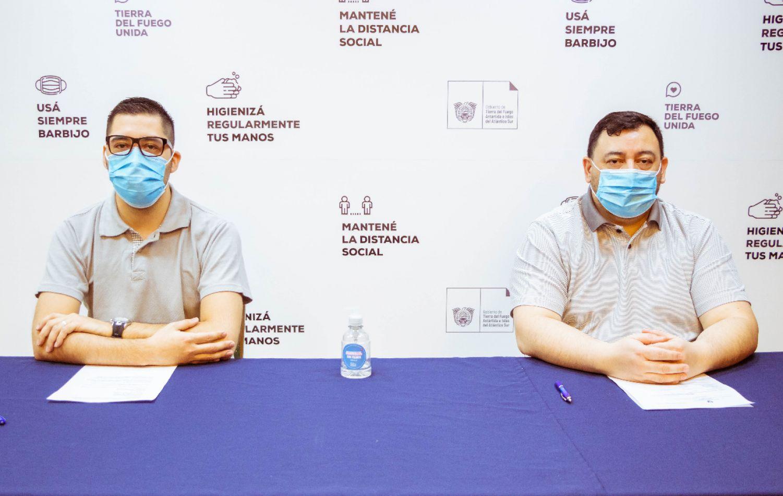 Funcionarios de Salud, dando detalle del parte epidemiológico del día domingo 25 de septiembre del 2020.