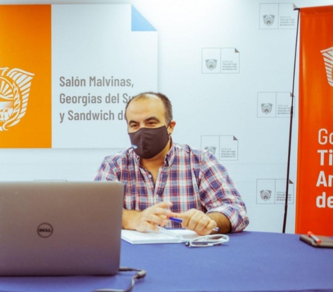 Secretario de Hidrocarburos de la Provincia Alejandro Aguirre.