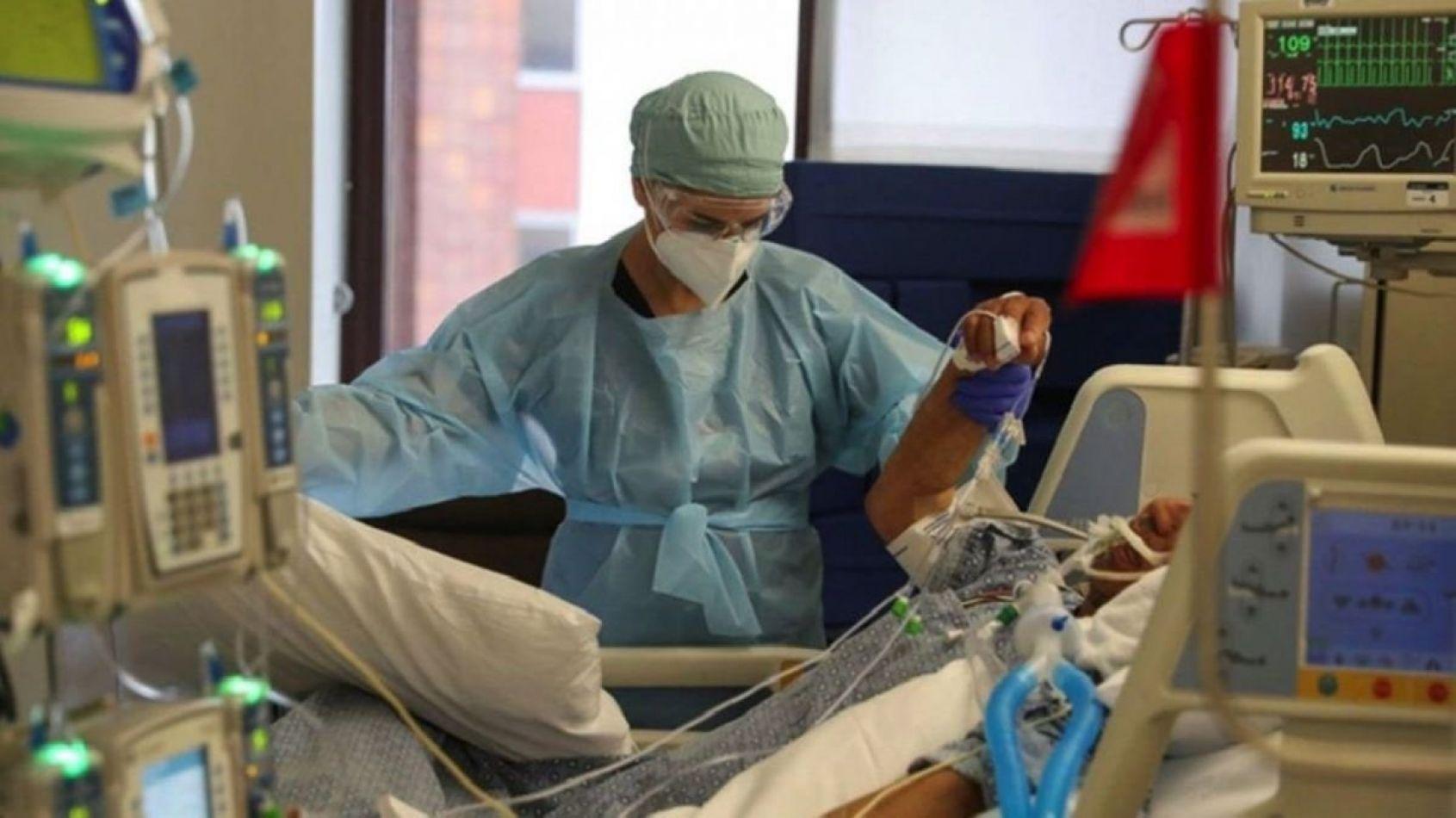 Suman 282 casos de coronavirus en un día