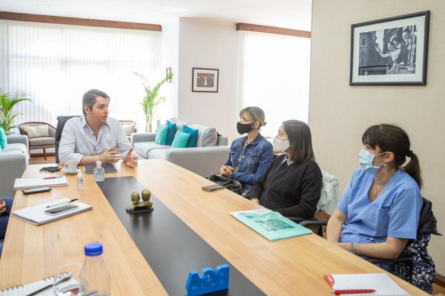 Encuentro con las nuevas autoridades de la Fundación DAR.