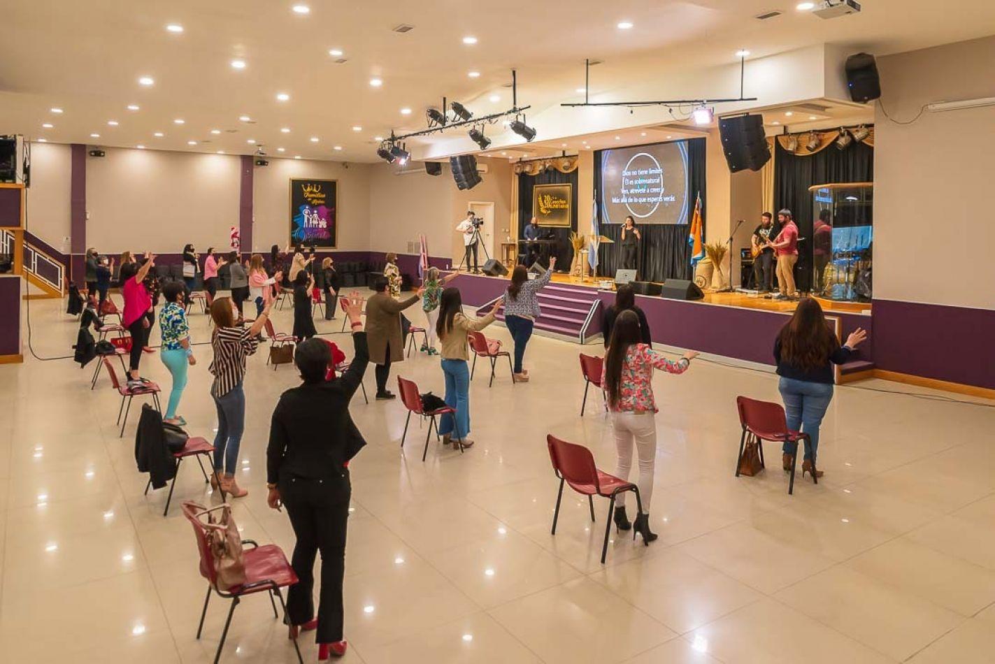 """La iglesia """" Hay Vida En Jesús"""" que cuenta con capacidad para 600 personas, realizó el Culto de acuerdo a la autorización conferida ."""