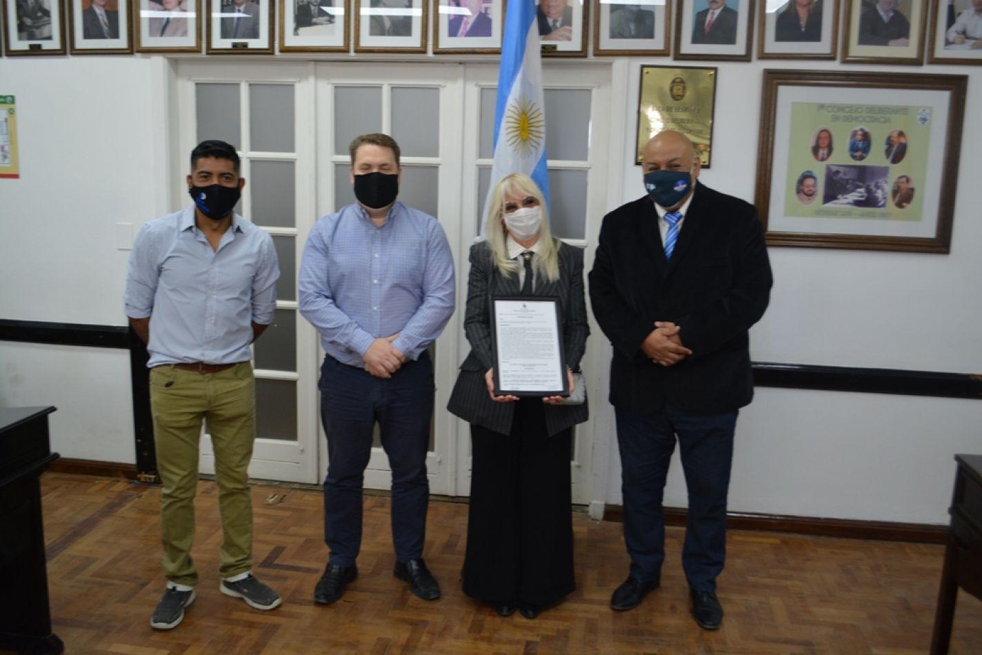 """Declaran de Interés Cultural Municipal a la obra """"El último vuelo de Londrina"""""""