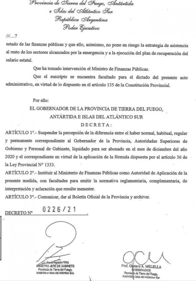 """El gobernador Gustavo Melella sólo suspendió el """"salariazo"""""""