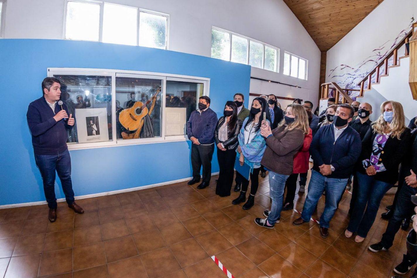 """Reconocimientos a artistas locales llevarán el nombre """"Walter Buscemi"""""""