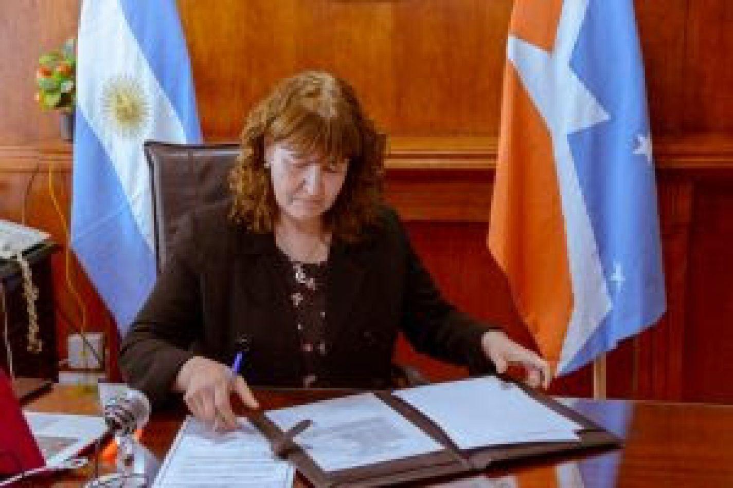 Vicegobernadora de la Provincia, Mónica Urquiza.
