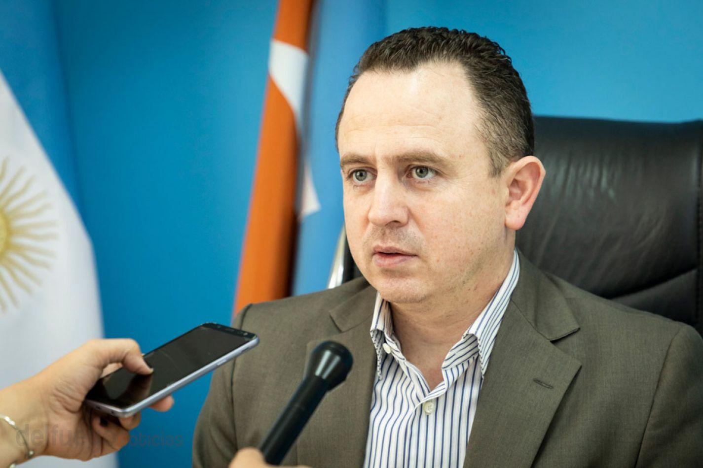 El secretario de Gobierno del Municipio de Río Grande adelantó detalles de los salarios de los trabajadores municipales.