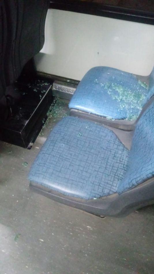"""Atacaron un colectivo de CityBus: """"Pudo haber ocurrido una tragedia"""""""