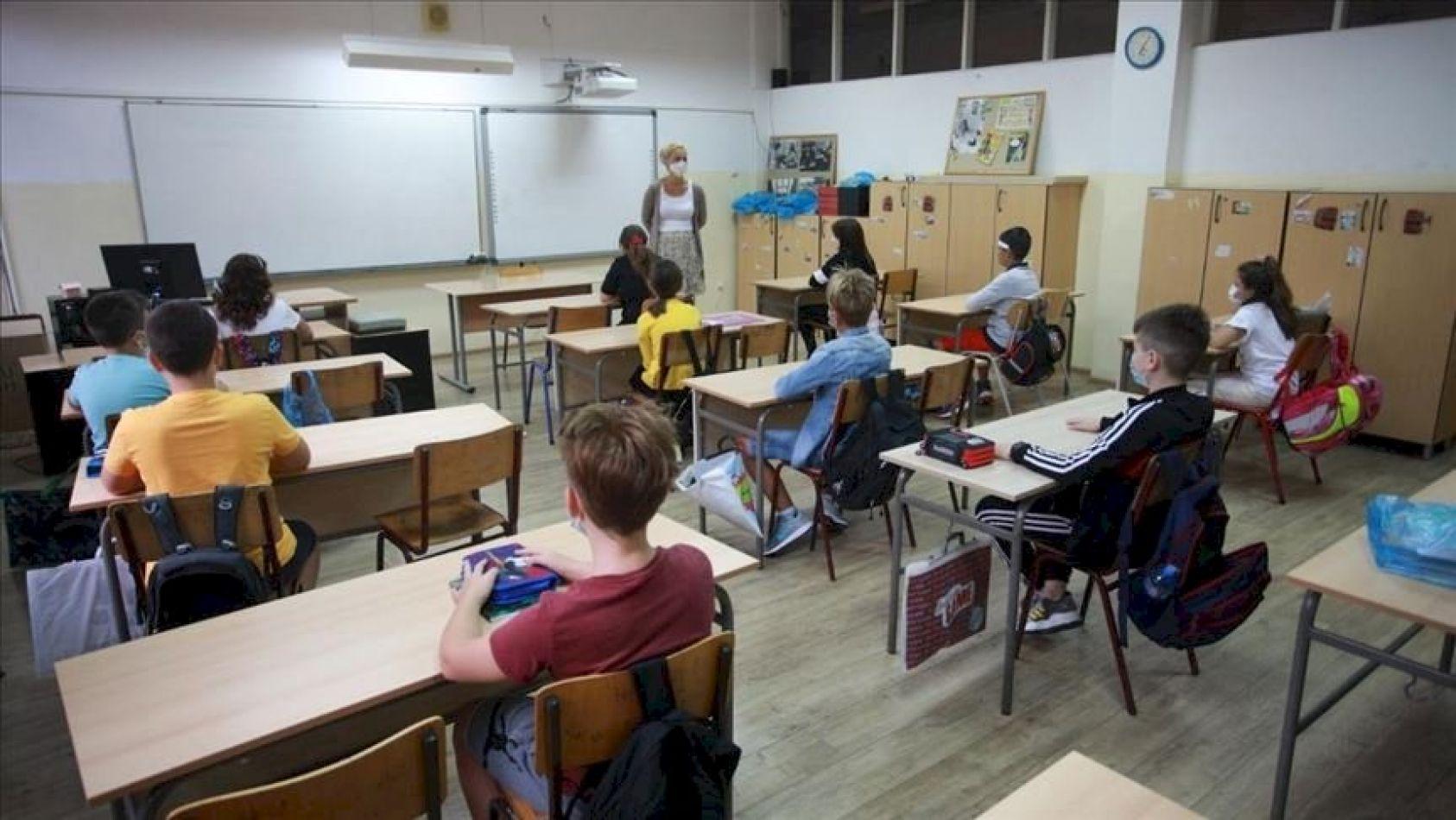 """Ratificaron la """"presencialidad cuidada"""" en escuelas de todo el país"""