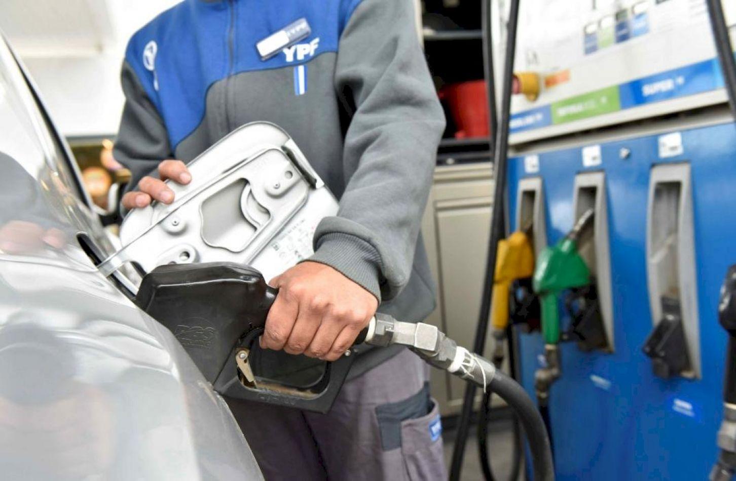 Nuevo aumento de los combustibles en todo el país.