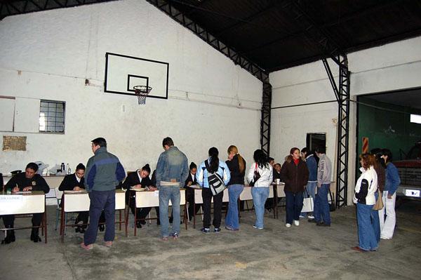 El cuartel de Bomberos de Río Grande, una de las opciones para justificar la no emisión del voto.