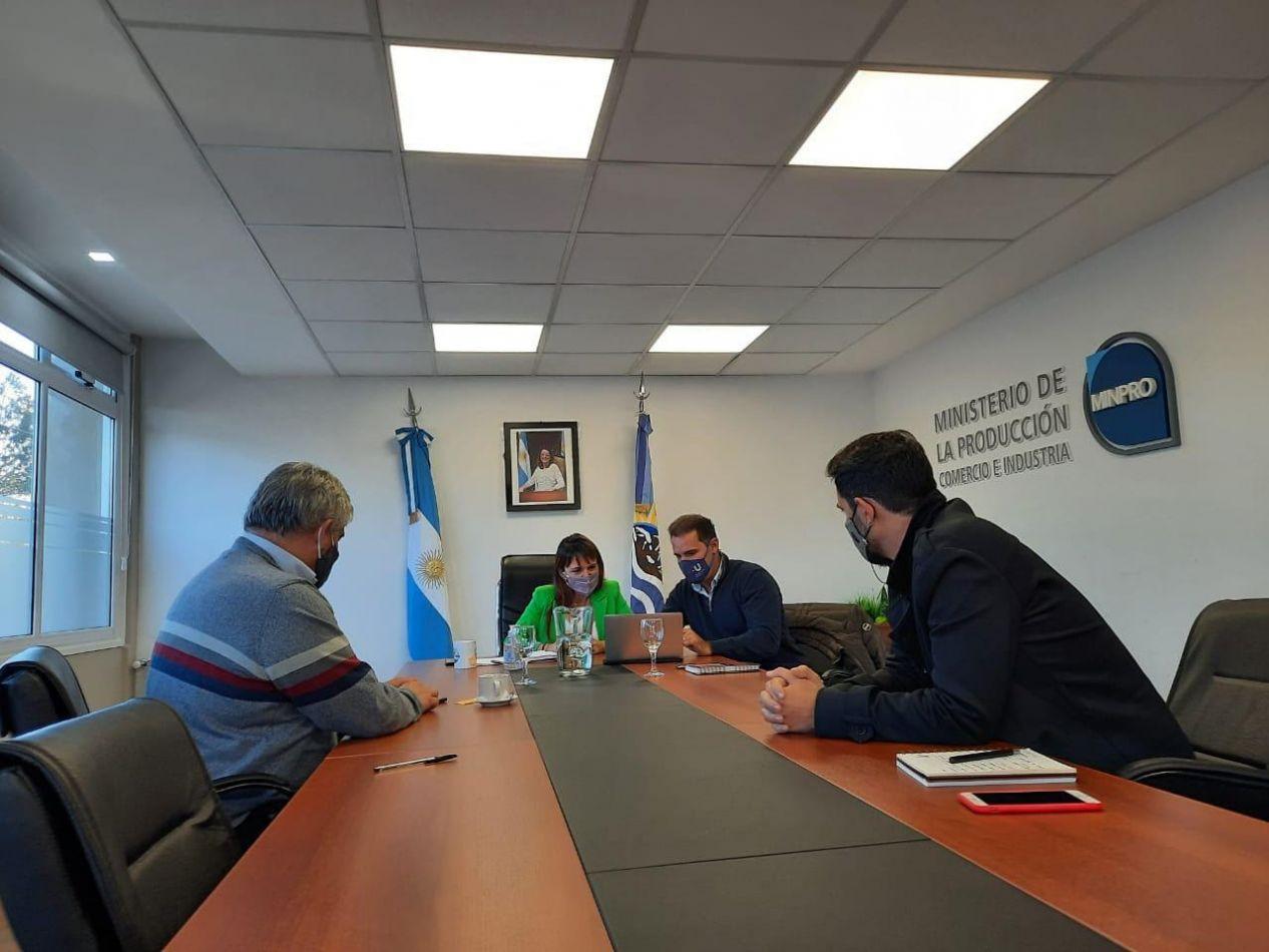 Municipio de Ushuaia presentó sus medidas económicas de reactivación al gobierno de Santa Cruz
