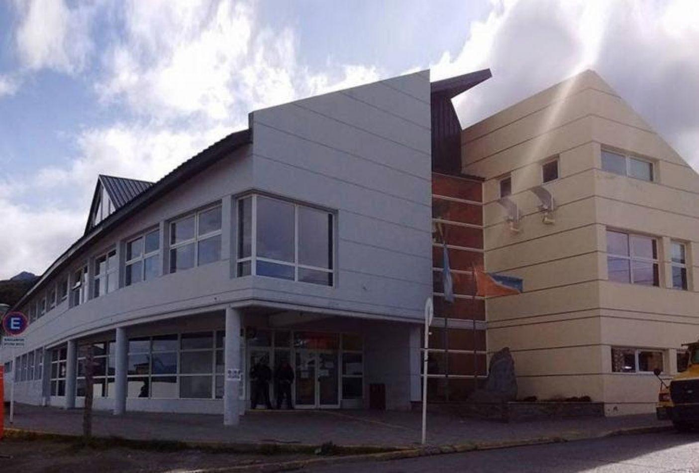Por tareas de prevención de Covid-19 el edificio Arturo Coronado cerrará este martes