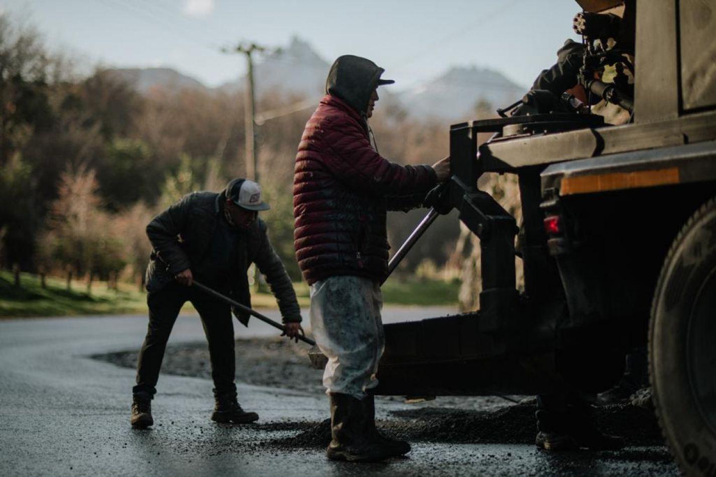 Avanzan los trabajos de bacheo y reparación en la calle Martial