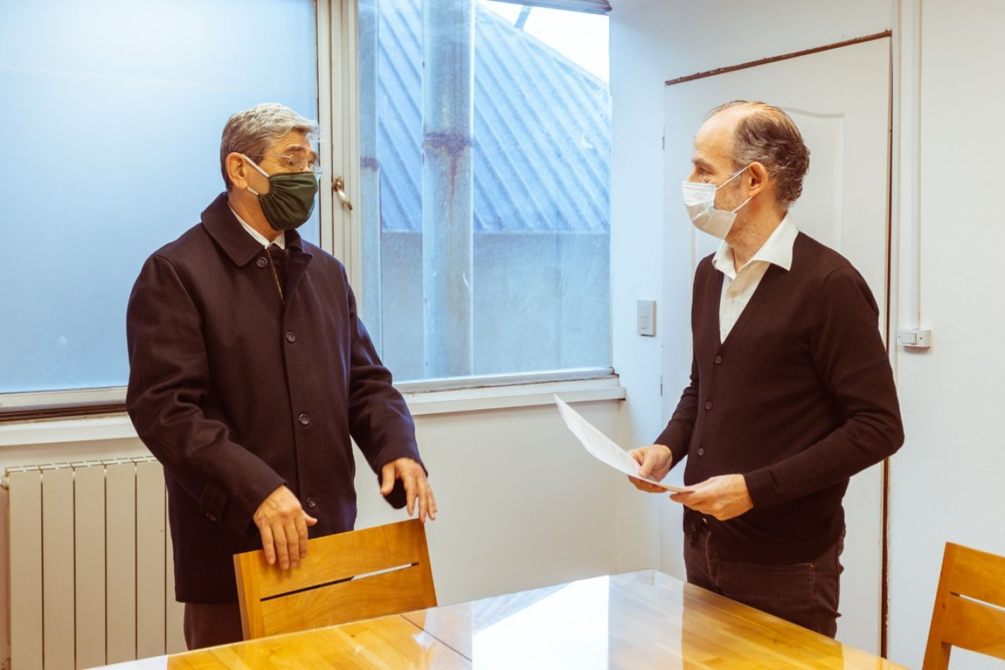 Secretario General de Legal y Técnica, José Capdevila y el Presidente del Consejo Profesional de Agrimensura, Juan Carlos Rühle.