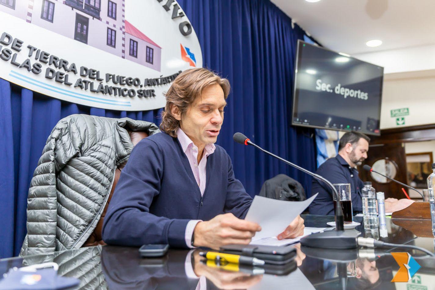 Presidente de la Comisión de Economía y Finanzas Públicas N° 2, legislador Federico Sciurano (UCR).