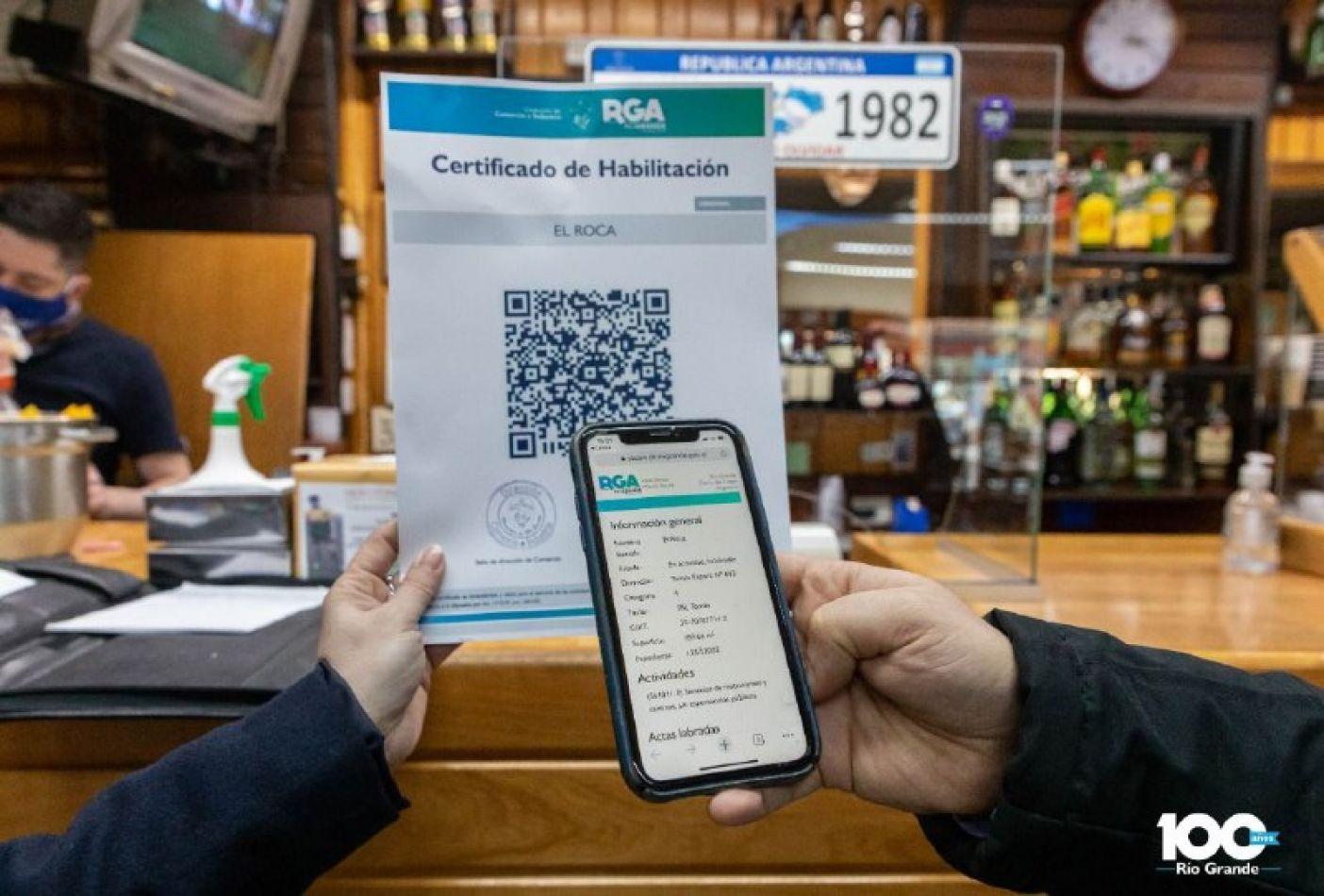 Incorporan tecnología QR a los certificados de habilitación comercial municipal