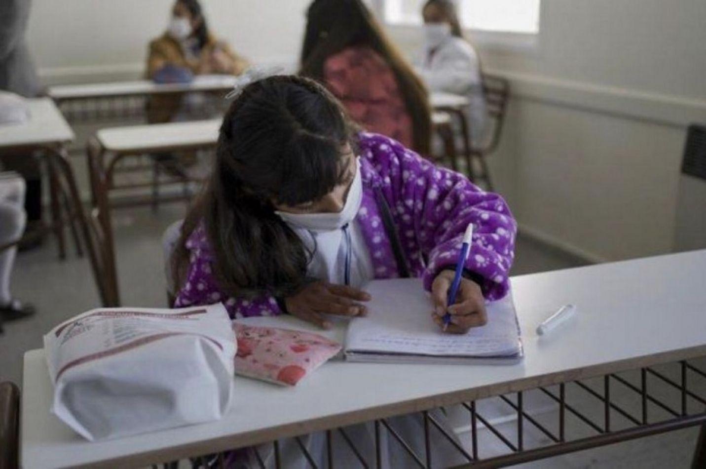 Poponen que el 50% de los fondos de asistencia educativa lo manejen las cooperadoras escolares