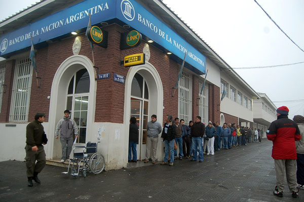 Banco Nación es una de las entidades que se sumó a la medida.