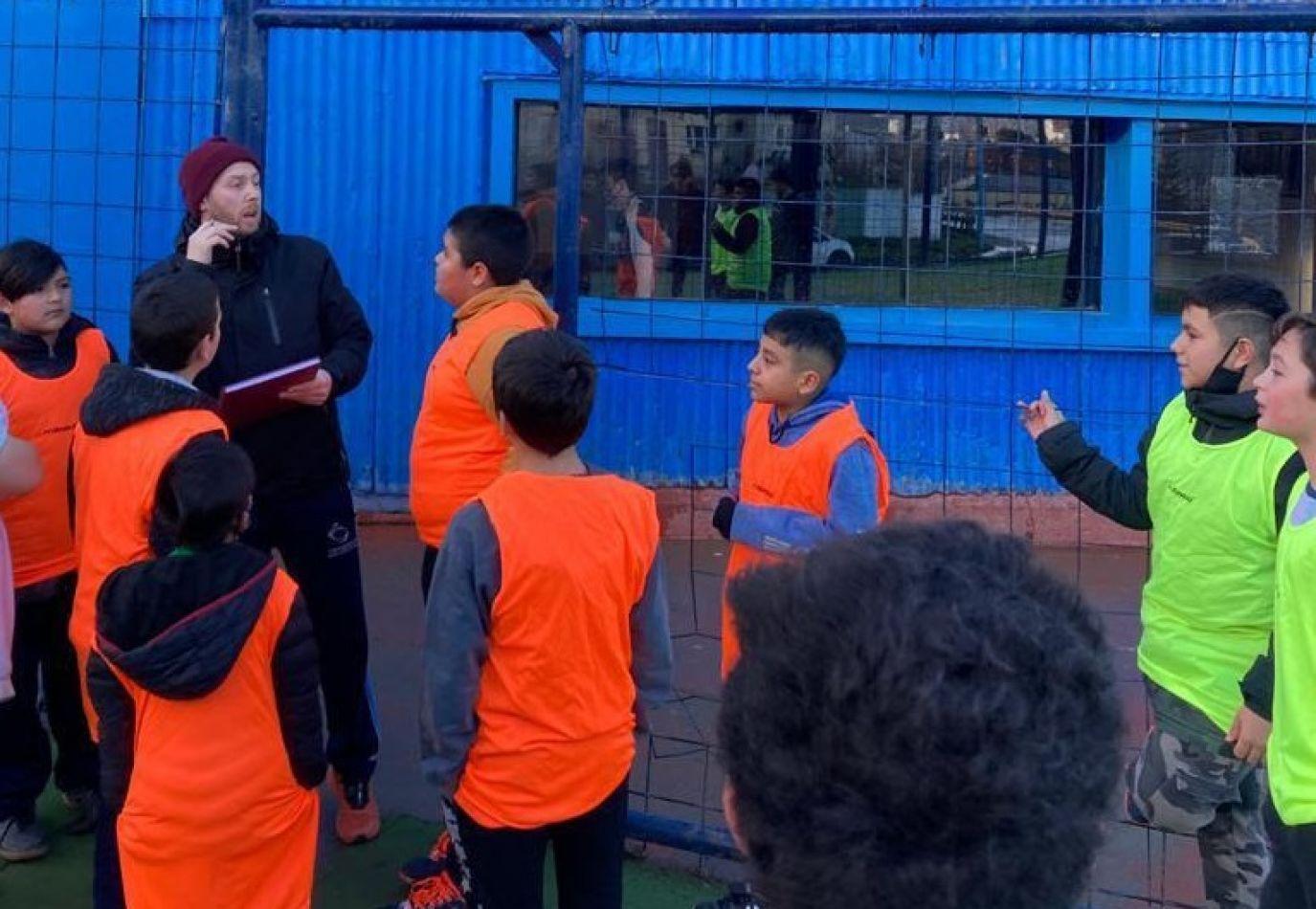 Municipio de Ushuaia inició torneo de fútbol en el B° 245 viviendas