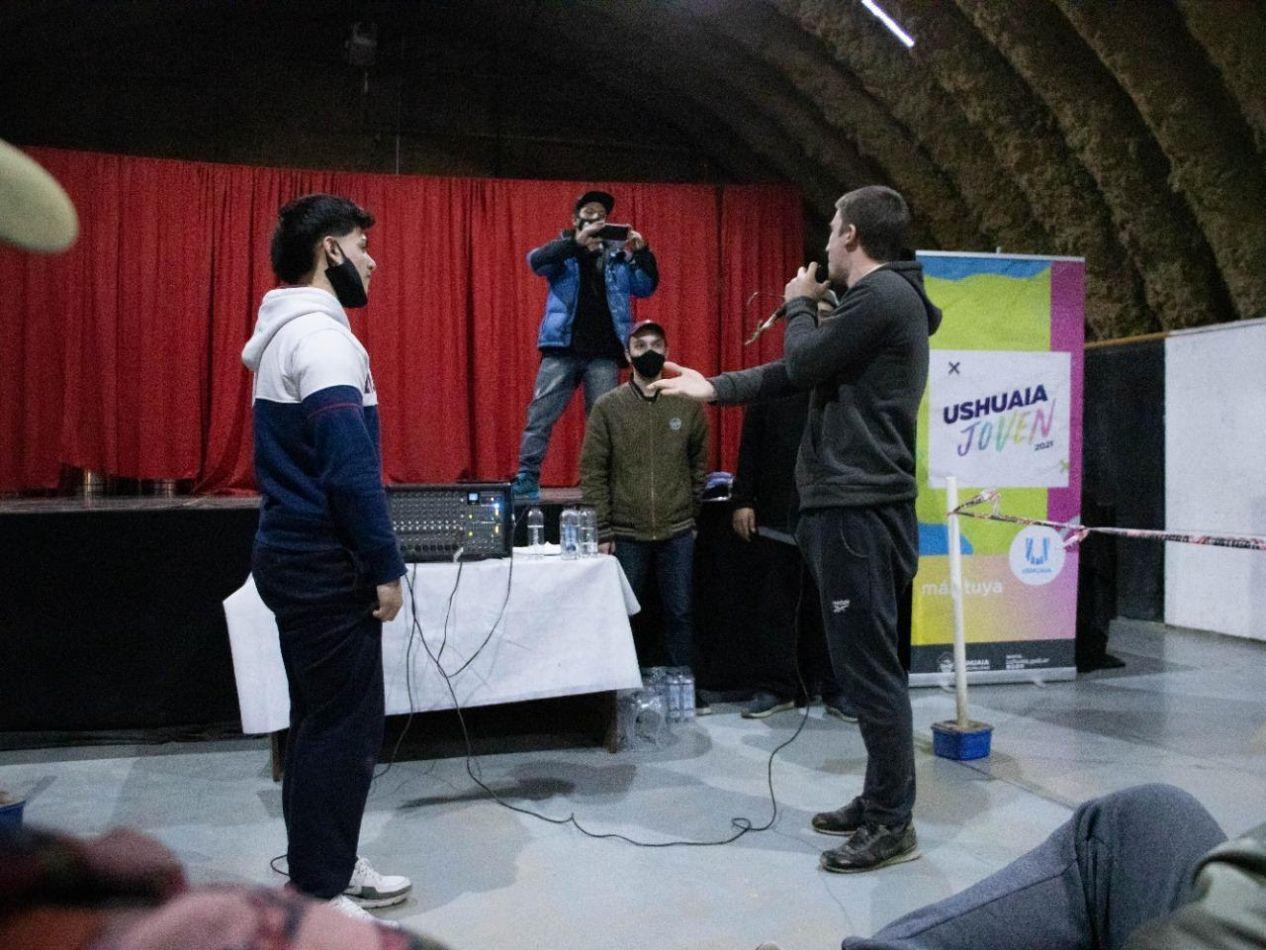 Competencia de Tik Tok y Free Style en el Ushuaia Joven