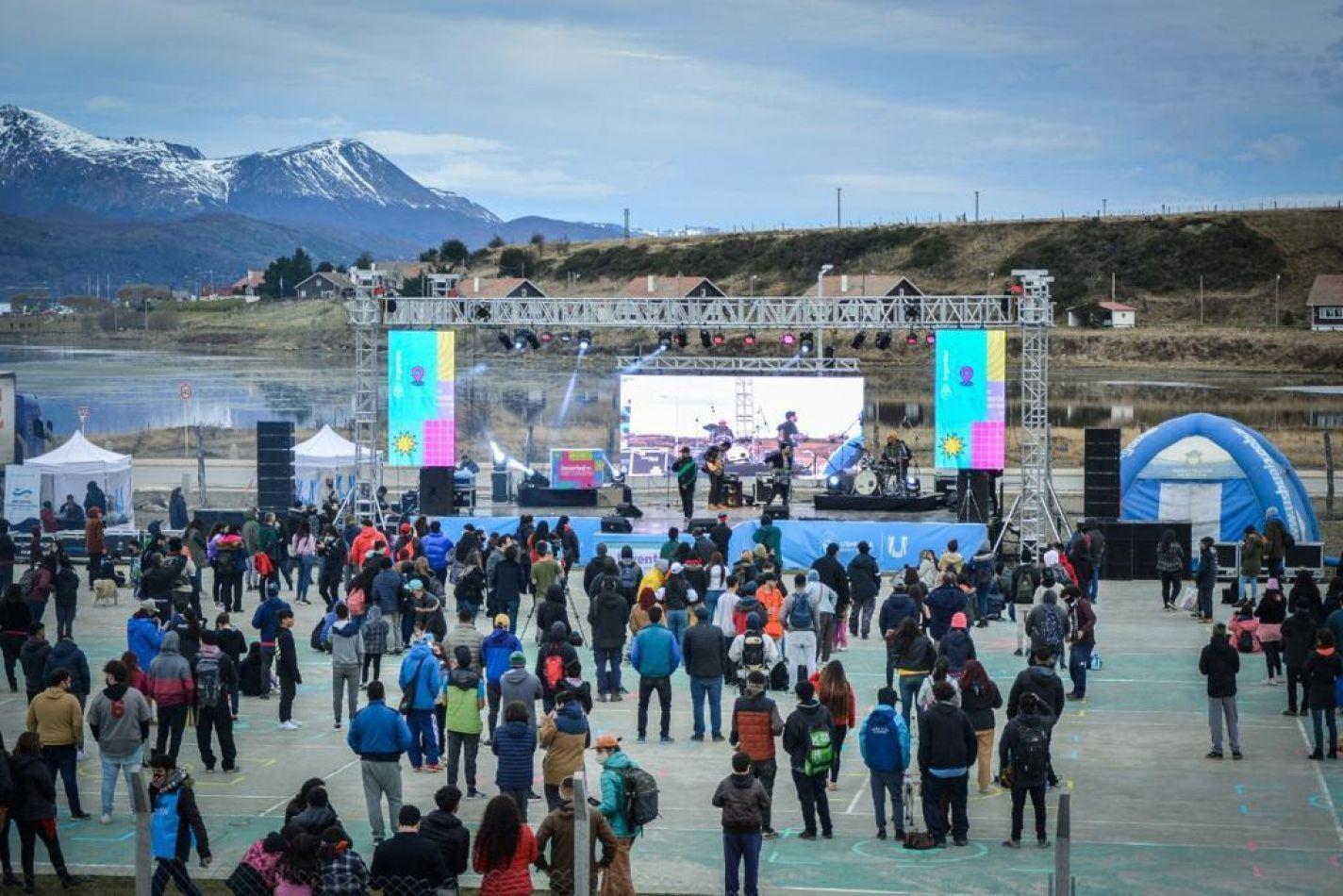 Festival Juventud: Jóvenes de Ushuaia celebraron en su día