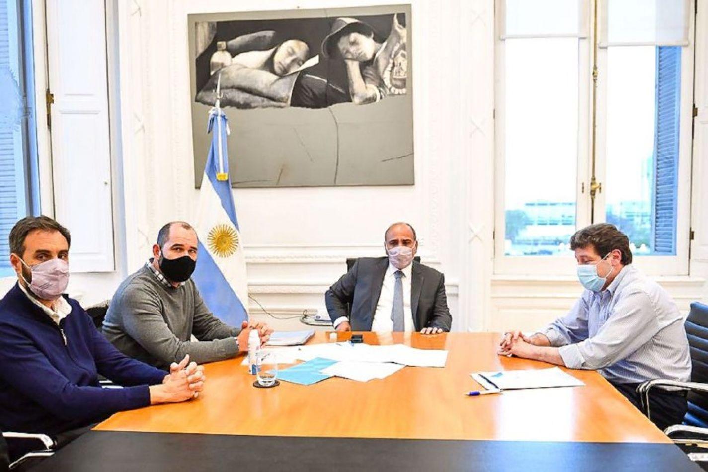 El Gobernador Gustavo Melella mantuvo un encuentro -en Casa Rosada- con el Ministro Jefe de Gabinete de la Nación, Juan Manzur.