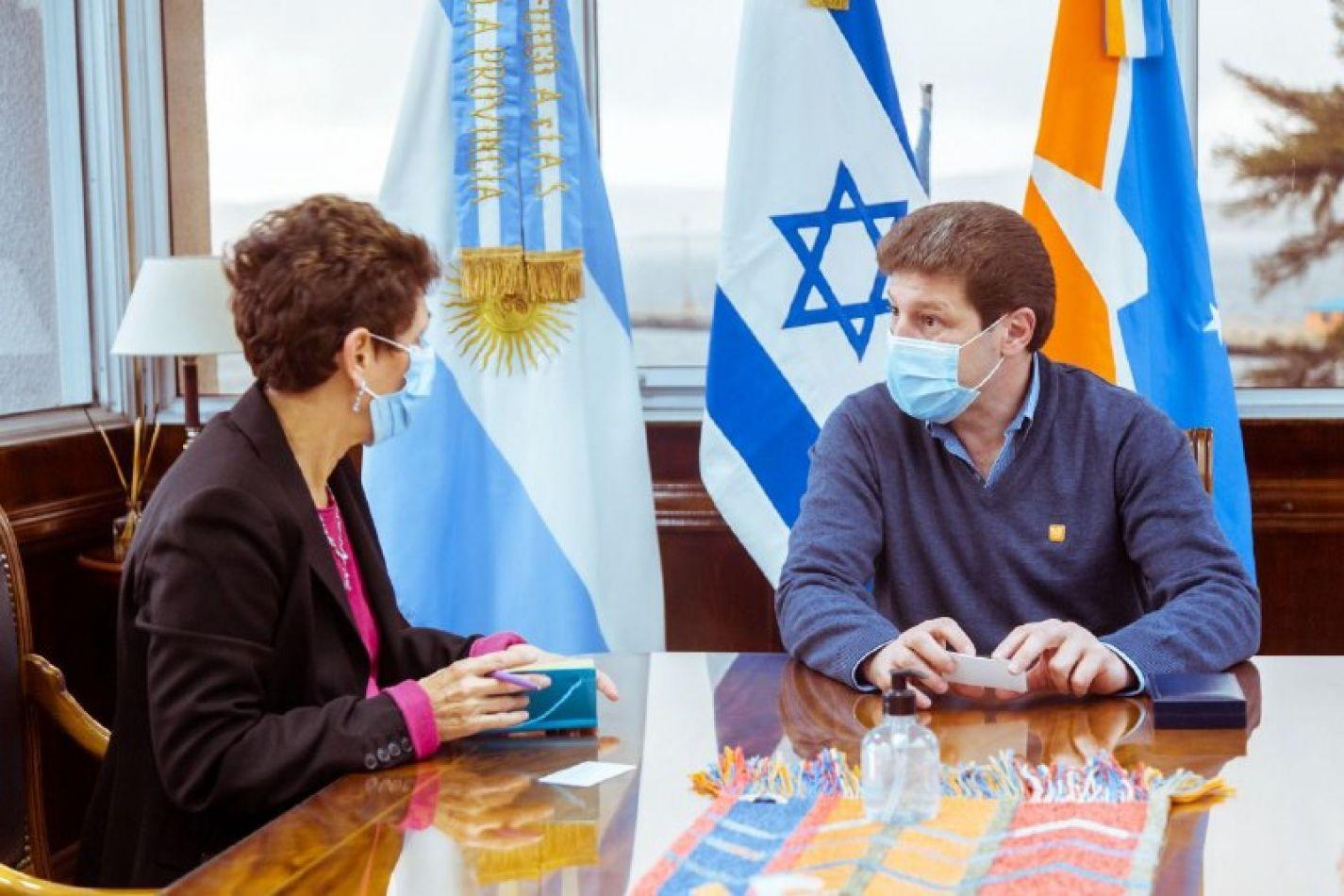 El gobernador Gustavo Melella, recibió en Casa de Gobierno, a la embajadora de Israel en Argentina, Galit Ronen.