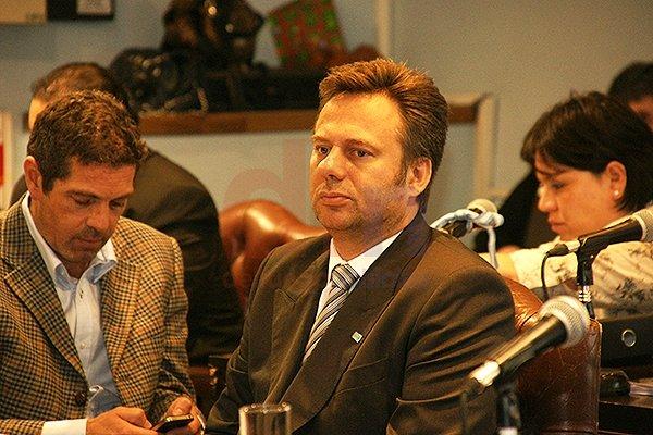 Lechman, Löffler y Andrade repudiaron los dichos de la Gobernadora.