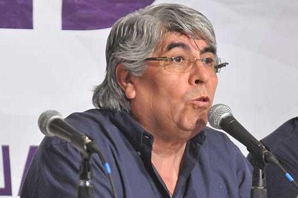 Hugo Moyano recibió a Fabiana Ríos y a Luis Velázquez.